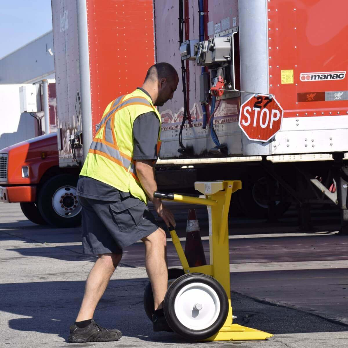 Ironguard Trailer Stands Semi Jack - Stand from Safety